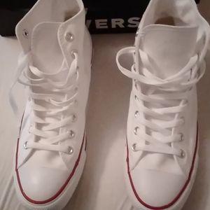 Brand new size ten Converse men's shoes
